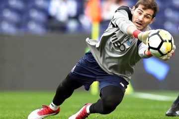 Fotografía de archivo tomada el 18/02/2018, del guardameta español y jugador del FC Porto, Iker Casillas,