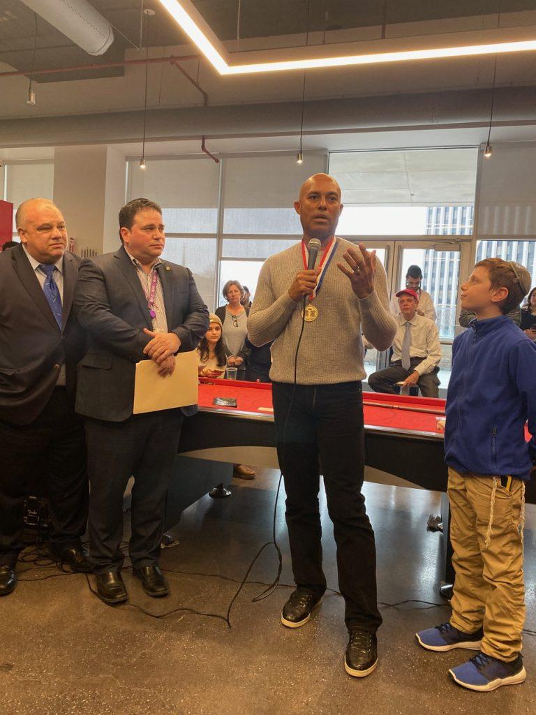 1-e1578932254648-768x1024 Mariano Rivera recibe la Medalla de Honor de Newark mientras visita IDT