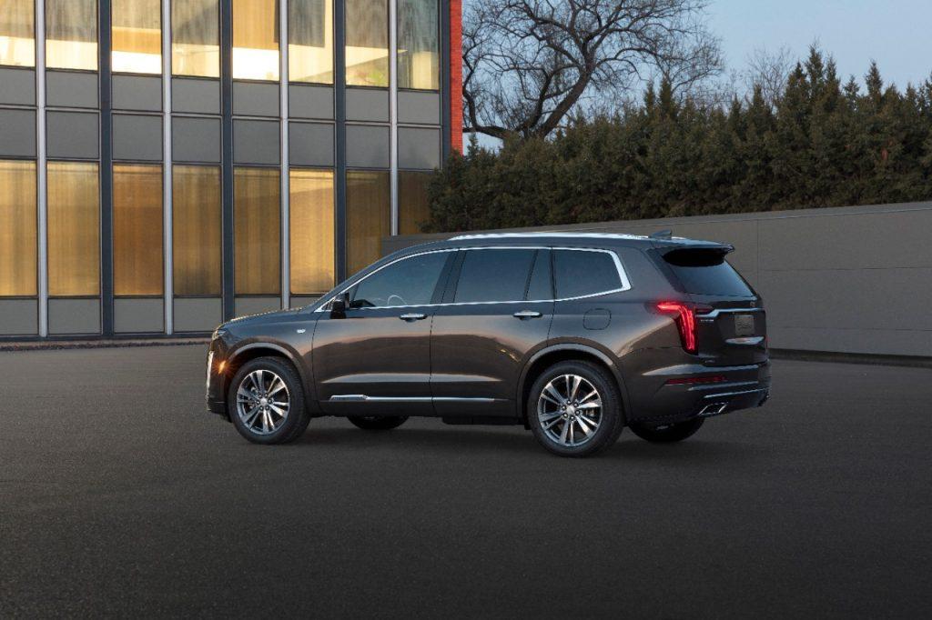 2020-Cadillac-XT6-PremiumLuxury-120-1024x683 El CADILLAC XT6 2020 HACE SU DEBÚT MUNDIAL