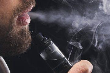 Además de los cartuchos de mentol y tabaco, la prohibición no alcanza a la nicotina con sabor que se comercializa en aparatos de tanque abierto, indicaron medios locales. (Dreamstime)