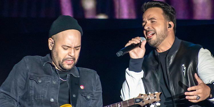 """Fonsi encabezó el 18 de abril con J Balvin, Maluma y Jennifer López la presencia latina en el concierto """"One World"""". (Dreamstime)"""