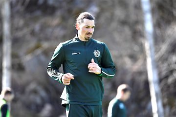Zlatan Ibrahimovic trains at Hammarby