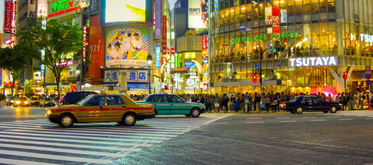 A partir de esa decisión del Gobierno de Shinzo Abe, las autoridades locales han ido modificando sus respectivas directrices con el fin de regresar progresivamente a la normalidad. (Dreamstime)