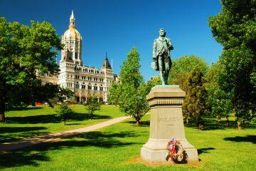 """Al gobernador le inquieta que Connecticut pueda convertirse en un epicentro de la pandemia """"si esto no se hace con mucho, mucho cuidado"""".  (Dreamstime)"""
