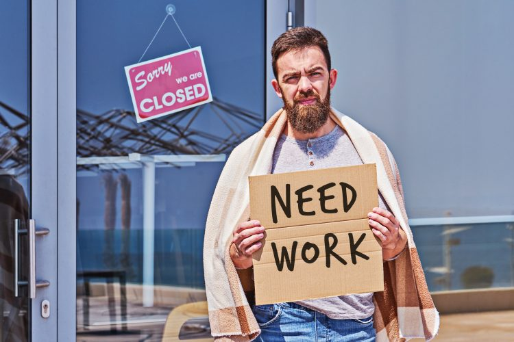 De la PNEA, el 38,4 % se considera disponible, es decir, hay 19,4 millones de personas sin trabajo y que no buscan uno de manera activa, pero que aceptarían una oferta laboral, según el Inegi. (Dreamstime)