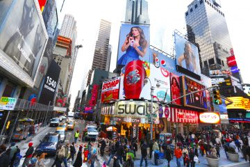 Nueva York y sus estados vecinos de Nueva Jersey y Connecticut anunciaron ayer que impondrán una cuarentena de 14 días a los viajeros procedentes de focos de COVID-19 en Estados Unidos para evitar nuevos contagios. (Dreamstime)
