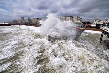 La agencia federal mantiene el aviso de tormenta tropical desde Campeche hasta el puerto de Veracruz, en México. (Dreamstime)