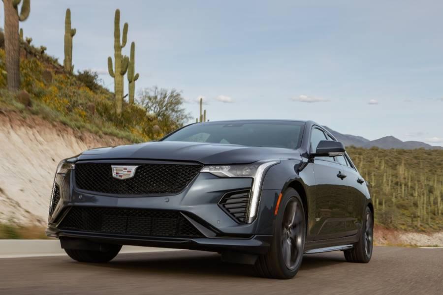 2020-Cadillac-CT4-V-086 Cadillac CT4 - V del 2020, tiene sus fundamentos para ser un sedán deportivo