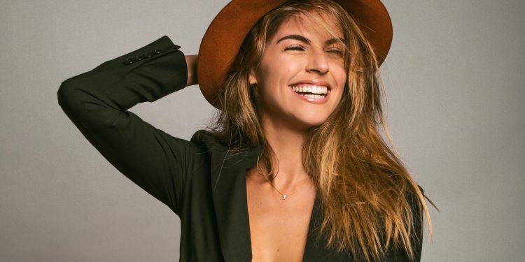 Stephanie Cayo.