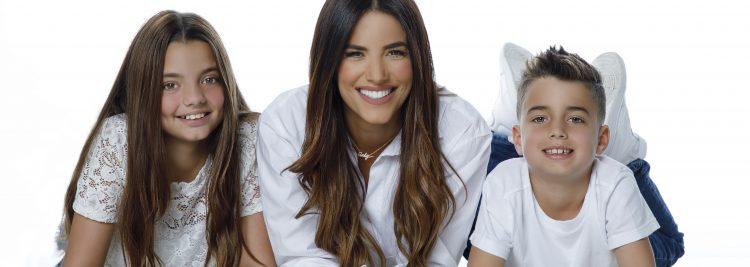Gaby Espino (May Martínez)