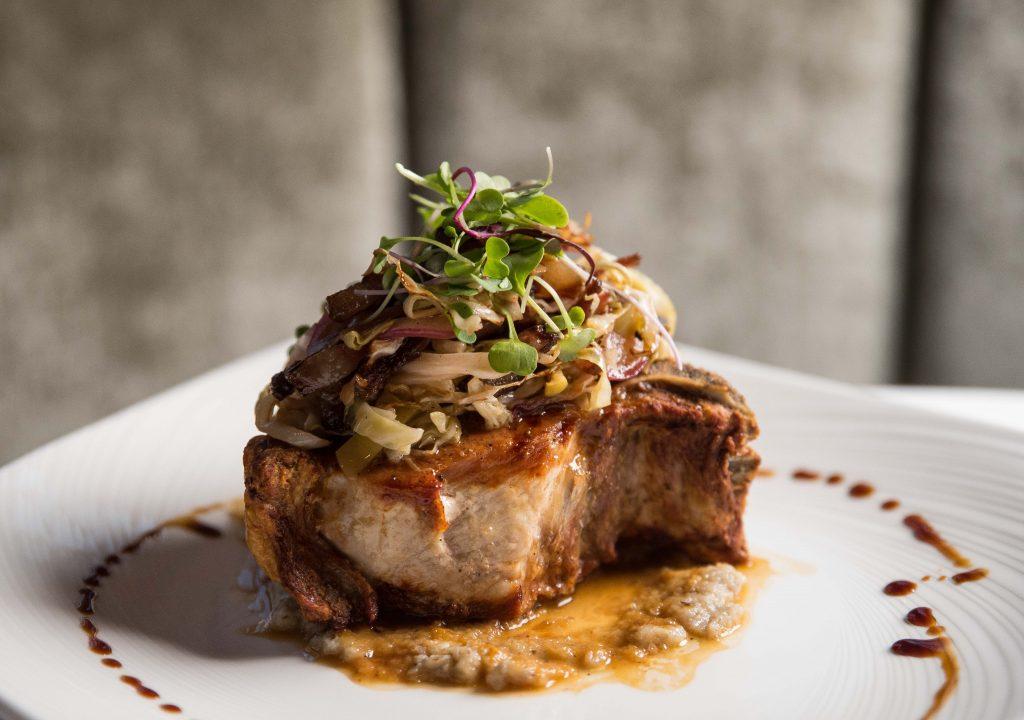 Tomahawk-Steak-1024x656 Conoce Prime 1024, el mejor Italian Steakhouse de Long Island