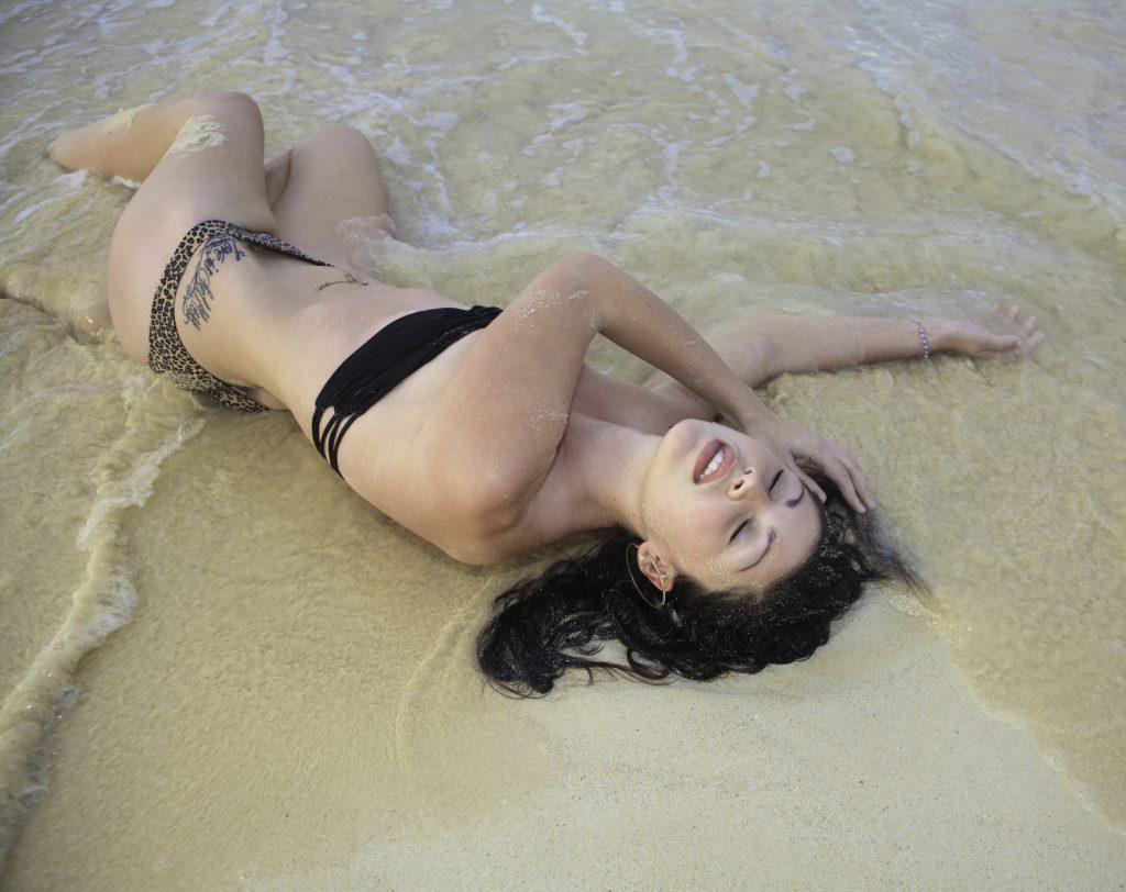 dreamstime_m_29975368-1024x812 Eliana, dulce sirena