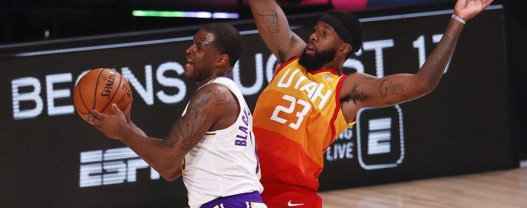 Los Lakers (51-15) poseen una ventaja de seis juegos sobre los Clippers de Los Ángeles y tienen cinco encuentros de clasificación antes de comenzar su primera carrera de playoffs desde 2013. (EFE)