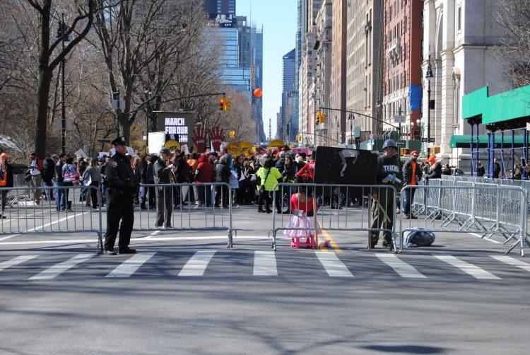 """Las protestas de la jornada, denominada """"Día nacional de resistencia contra la reapuertura insegura de los colegios"""", tuvieron también lugar en otras ciudades de EE.UU. como Chicago o Los Ángeles.  (Dreamstime)"""