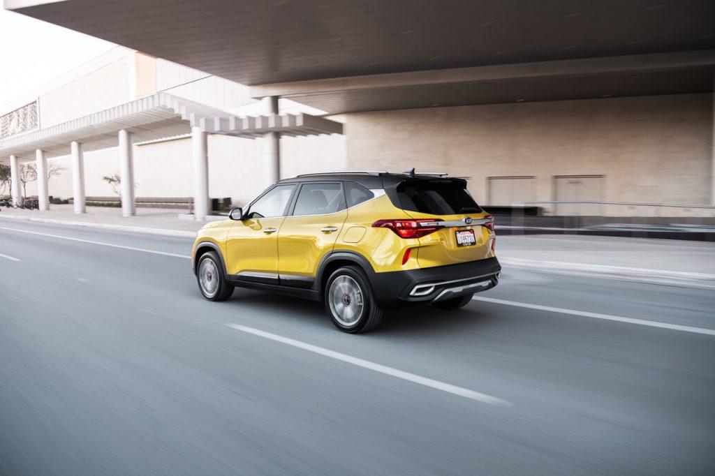 2021KiaSeltosAction-3-1024x682 Kia Seltos del 2021SUV Compacto con lujo que encantará
