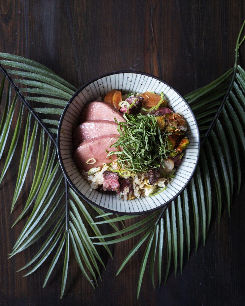 Wagyu-Beef-Bowl-819x1024 Noreetuh, reconocido por Michelin, abre un nuevo menú para cenas al aire libre