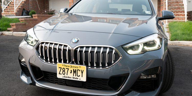 La calidad del material es impresionante en el sedán 2020 BMW 228i Gran Coupe.