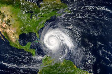 Los vientos con fuerza de huracán de Delta se extienden hasta 25 millas (35 km) del centro y los de tormenta tropical hasta 90 millas (150 km). (Dreamstime)
