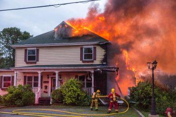La cifra histórica de cuatro millones de acres es superior al tamaño de todo el estado de Connecticut, y supera a la registrada en el anterior año récord en California, en 2018, cuando ardieron más de 1,8 millones de acres. (Dreamstime)