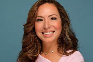 Dra. Alicia Barba, dermatólga de Dove.