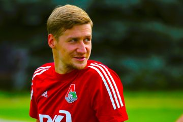 El ruso Dmitri Zhivogli·dov, lateral derecho del Lokomotiv MoscEFE
