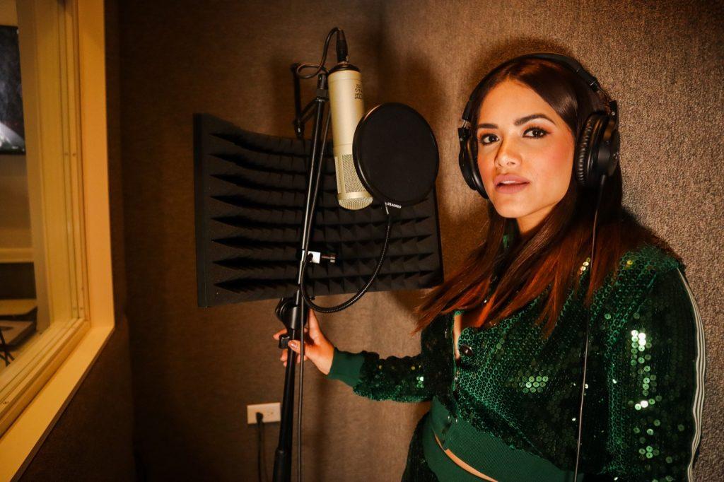 PHOTO-2020-11-30-12-20-19-1024x682 JackyFontánez alcanzan el millón de views en YouTube con su primer sencillo