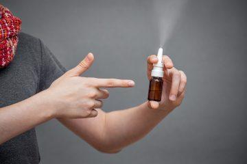 Estos profesionales piden específicamente a los CDC recomendar el uso de aerosoles nasales que contienen xilitol y extracto de semilla de pomelo.  (Dreamstime)