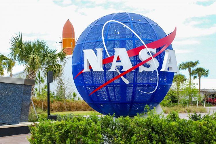 Formaron parte de la presentación cinco astronautas que integran el equipo con el que EEUU continuará la labor de las históricas misiones Apolo que llegaron hace 50 años y por primera vez a la Luna. (Dreamstime)
