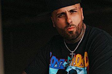"""""""50 lbs"""", escribe Nicky Jam en su cuenta, lo que no pasó inadvertido entre sus seguidores, que inmediatamente destacaron la nueva figura, más estilizada, del cantante de música urbana puertorriqueño."""