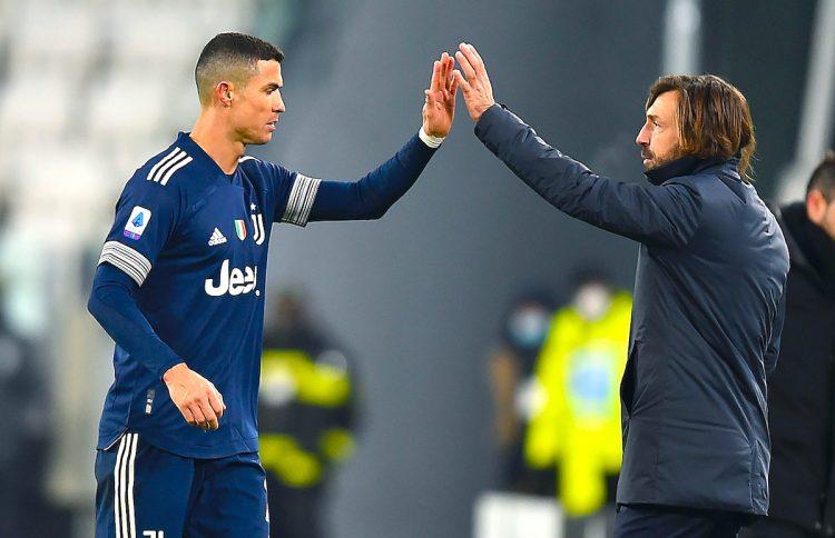 Andrea Pirlo, técnico del Juventus Turín (d) y Ronaldo (iz).EFE