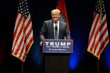 La Casa Blanca, aún bajo la presidencia de Trump, celebró una reunión este domingo para confeccionar esta lista de indultos.  (Dreamstime)