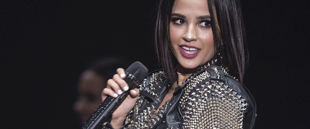 """En la línea de su amor por el spanglish y de mezclar sus mundos en inglés y en español, manifestó que """"hacer algo con Justin Bieber sería súper cool, hacer algo con Rihanna sería padrísimo"""", así como con jóvenes como el rapero Rauw Alejandro.  (EFE)"""