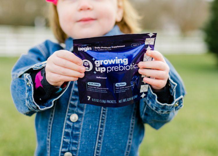 El nuevo suplemento diario Growing Up Prebiotics de la compañía ayuda a los niños a obtener la fibra y los nutrientes que necesitan para florecer ahora y más tarde.