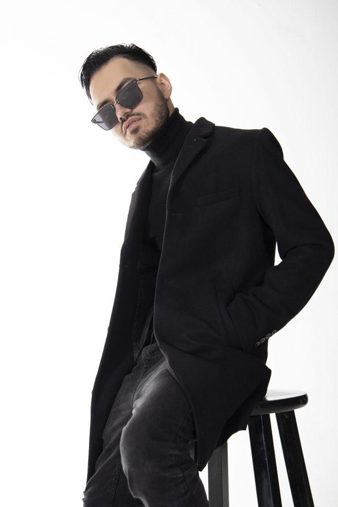 audioiko-2-683x1024 Audioiko, primer artista paraguayo en alcanzar 20 millones de Streams en Spotify