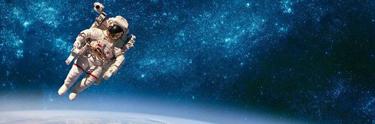 El objetivo es colocar una o dos estructuras para sostener los nuevos seis paneles solares que la NASA tiene previsto empezar a entregar a finales de este año o comienzos de 2022. (Dreamstime)