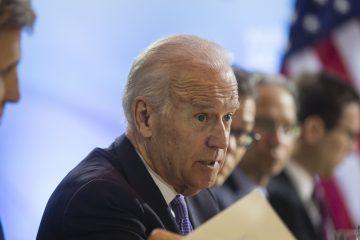 """Uno de los periodistas que tuvieron acceso al comienzo de la reunión preguntó a Biden si Estados Unidos enviará vacunas a México, y el presidente respondió: """"Vamos a hablar de eso"""". (Dreamstime)"""