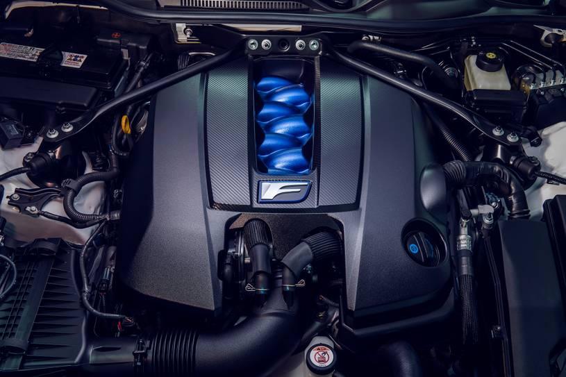 2021-Lexus-RC-F-5-1024x679 Lexus RC F del 2021, Construido con solidez