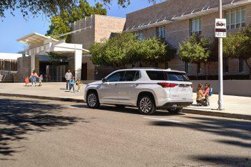 Los padres expresan aprensión al conducir en el comienzo de este año escolar; Chevrolet Traverse ofrece características y tecnología de seguridad para ayudar a darles mayor tranquilidad