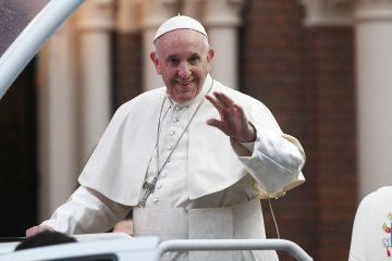 """En la misiva, transmitida por Facebook, YouTube y Telemundo, el máximo representante de la Iglesia Católica instó a que cada uno aporte """"su pequeño grano de arena, su pequeño gesto de amor"""".  (Dreamstime)"""