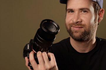 El director colombiano, Juan Sebastián Valencia.